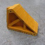 yellow hgv chock